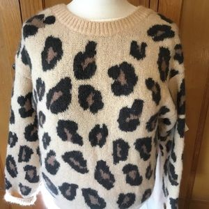 Victoria'sSecret Sweater Blouse Size S/P Tan/Black